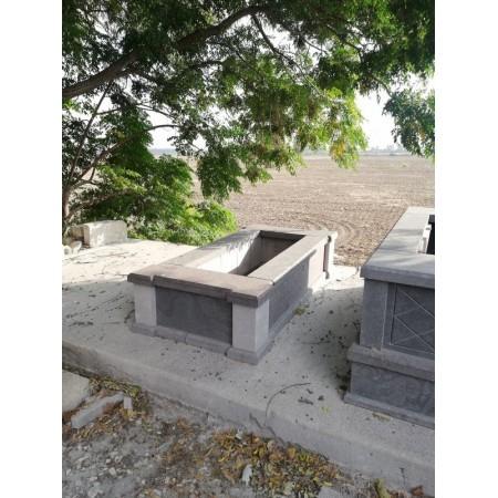 Bazalt Kertli Taş Mezar Modeli